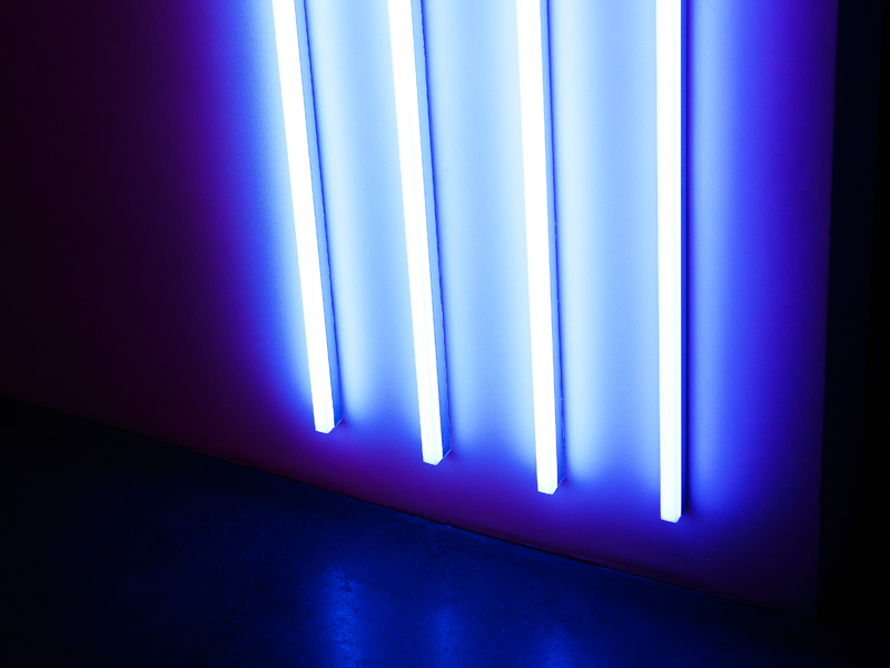 how to easily replace t8 fluorescent tubes with led. Black Bedroom Furniture Sets. Home Design Ideas
