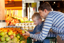 Tips for eco-friendly grocery shopping
